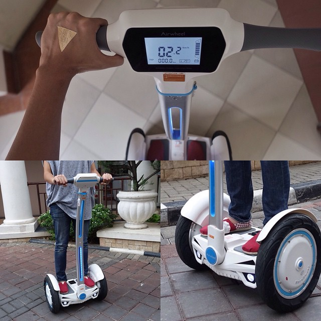 Airwheel Electric Scooter Is Easy To Steer And Ride