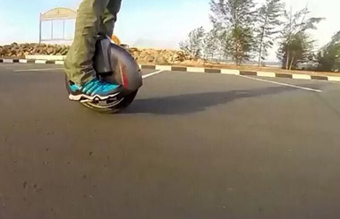 bike one wheel Airwheel X8 scooter